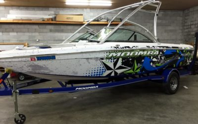 Choose Vinyl Graphics to Give Your Boat a Fresh Look